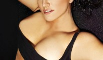 gina-carano-sexy-female-mma-fighter